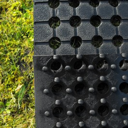 Polymax ARRAY Rubber Grass Mat | Bottom